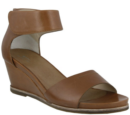 Spring Step Leather Wedge Sandals - Tithe
