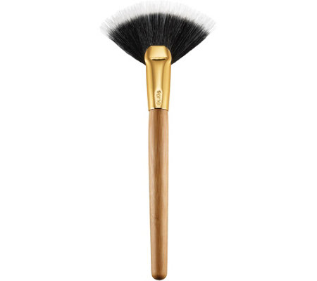 tarte Highlighting Fan Brush
