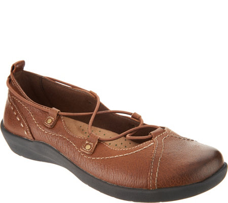 Earth Origins Leather Bungee Lace Slip-ons - London