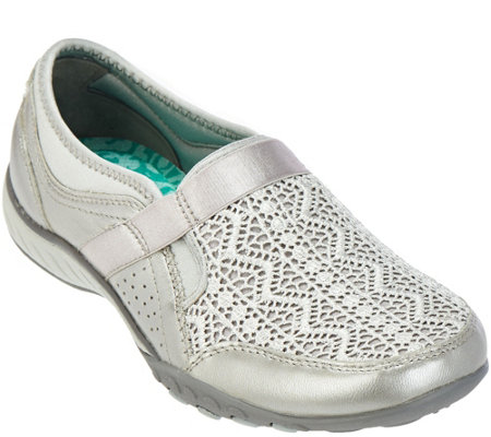 Skechers Breathe-Easy Crochet Leather slip-ons - Clean Sweep