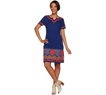 C. Wonder Split V-neck Short Sleeve Knit Dress with Embroidery - A278799