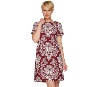 C. Wonder Stretch Crepe Short Sleeve Shift Dress w/ Bi-Color Print - A280399