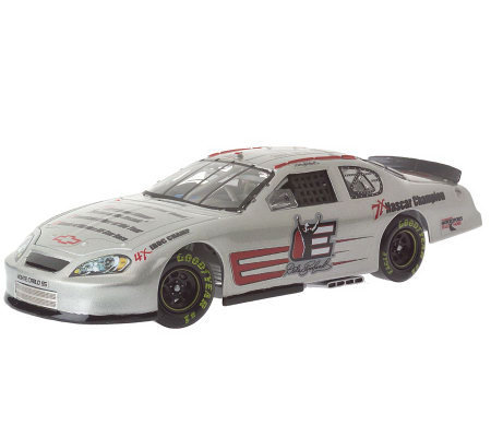 Dale Earnhardt #3 Hall of Fame 1:24 Scale Die-Cast Car