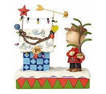 Jim Shore Charlie Brown and Decorated DoghouseFigurine - C214277
