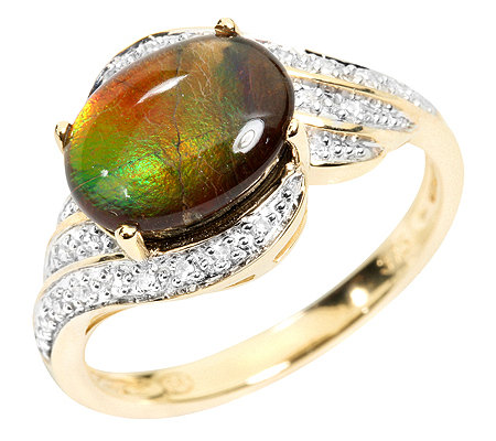 Kanadischer Ammolith Cabochon, oval 24 Diamanten 0,07ct. Ring Gold 375