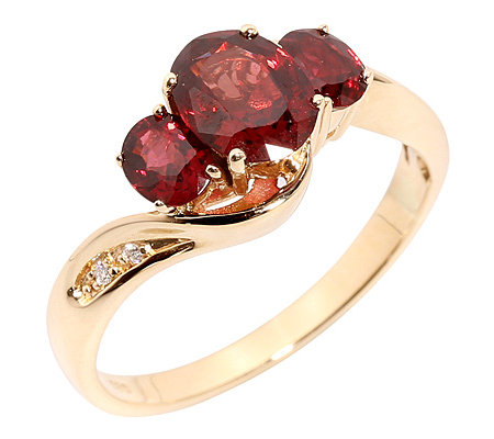 Roter Spinell Ovalschliff 2,45ct. 4 Brillanten 0,02ct. Ring Gold 585