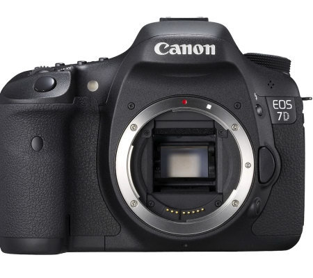 Canon EOS 7D 18MP DSLR Camera -Body Only