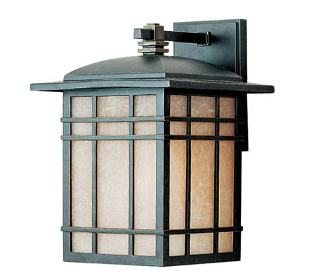 Quoizel Hillcrest Large Outdoor Light