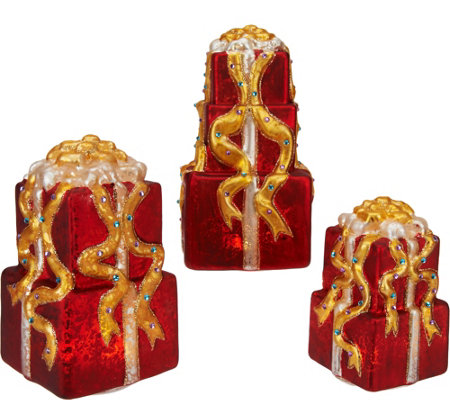 Kringle Express Set of 3 Graduated Illuminated Present Stacks