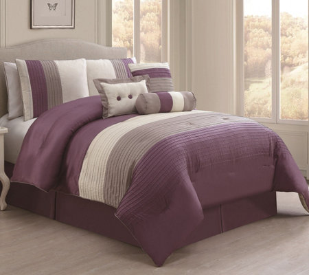 VCNY Home Regatta 7-Piece Queen Comforter Set
