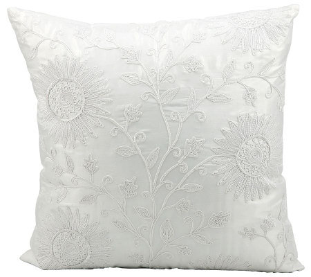 Mina Victory Ivory Sunflowers 18 x 18 PolyesterPillow