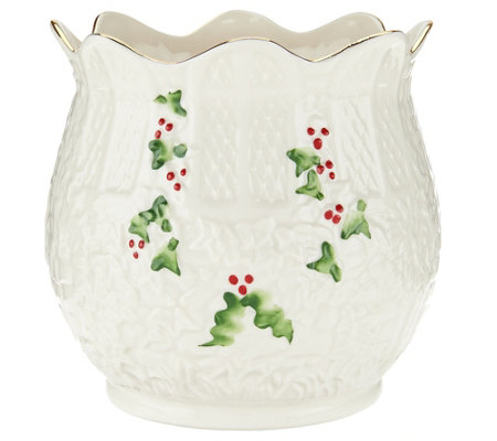 "Belleek Holly and Ivy 5"" Holiday Pot"