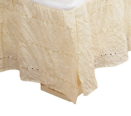 Zip-A-Ruffle Zip-on/Zip-off Queen Size Eyelet Bed Skirt