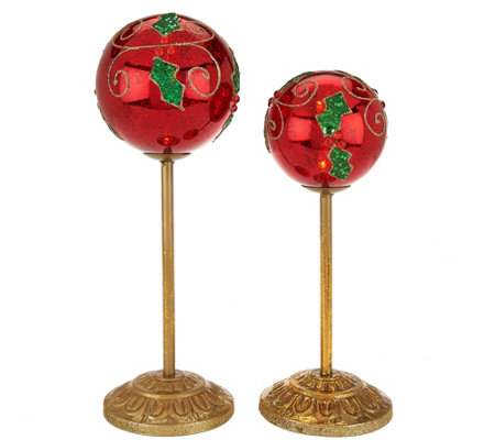 Kringle Express Set of 2 Graduated Illuminated Ornaments