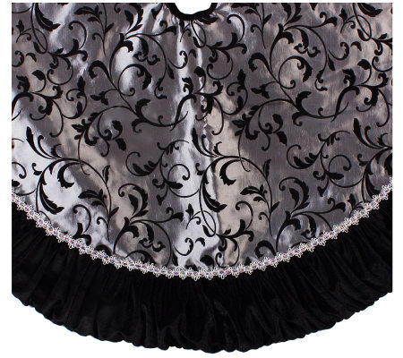 Sterling 48 Black And Silver Tree Skirt