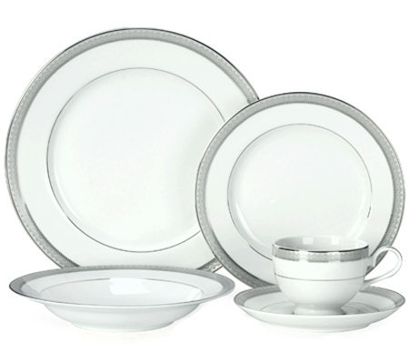Mikasa Platinum Crown 40-Piece Dinnerware Set