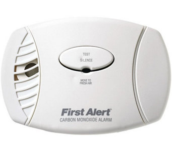 First Alert Carbon Monoxide Plug-in Alarm withBattery Backup - H363737