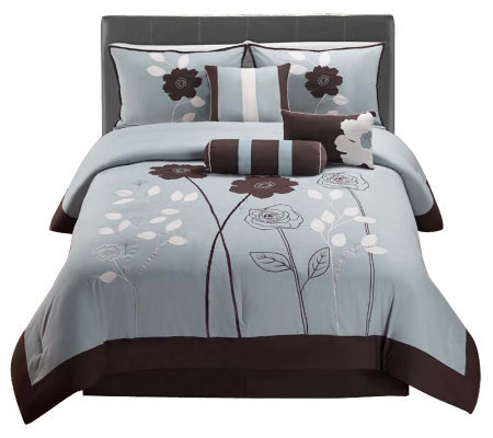 VCNY Home Adrienne 7-Piece Queen Comforter Set