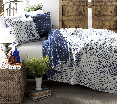 Monique 3-Piece Blue King Quilt Set by LushDecor