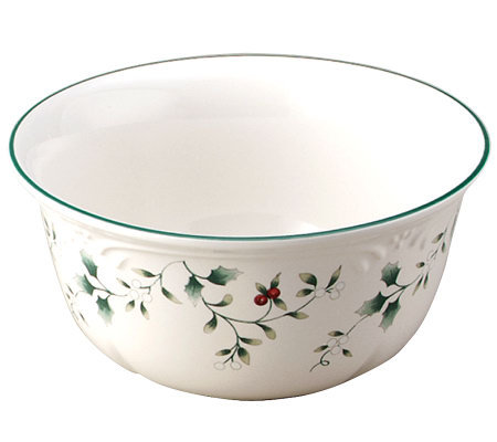 Pfaltzgraff Winterberry Set of 4 Deep Soup/Cereal Bowls