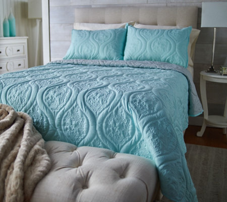 The Quilt Patch Swiss Vine Reversible Embroidered Twin Quilt