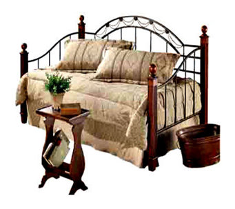 Hillsdale Furniture Camelot Wood Post Daybed with Support Deck - H130061