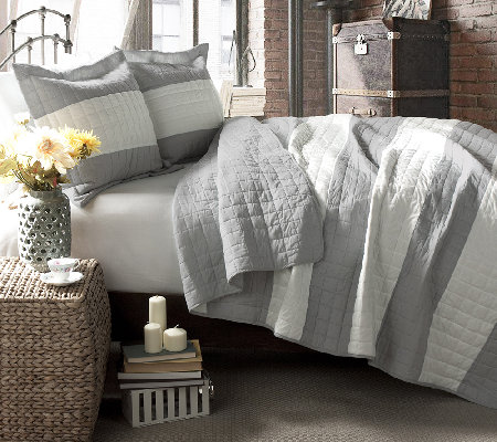 Berlin Stripe Quilts Gray 3-Piece Full/Queen Set by Lush Deco