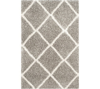 Safavieh 4'x6' Lattice Hudson Shag Area Rug - H209867