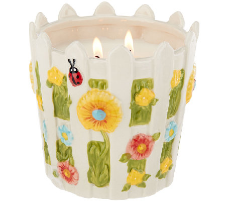 Temp-tations 23 oz. Gingham Gardens Picket Fence Candle