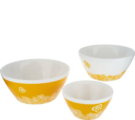 Pyrex Vintage Charm Set of 3 Mixing Bowls