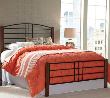 Fashion Bed Group Dayton Queen Complete Bed w/Metal Panels