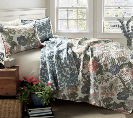 Sydney 3-Piece Floral Full/Queen Quilt Set by Lush Decor