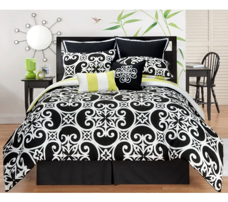 Kennedy 8-Piece Queen Reversible Bedding Set