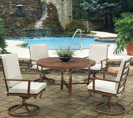 Key West 5-Piece Round Outdoor Table & 4 SwivelChairs