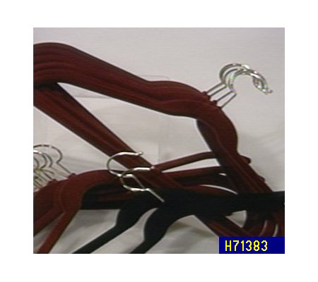 Set of 15 No-Slide Huggable Hangers
