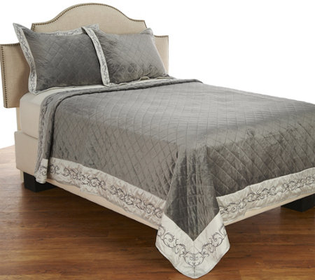 """As Is"" Dennis Basso Alexandria Faux Micromink Queen Coverlet"