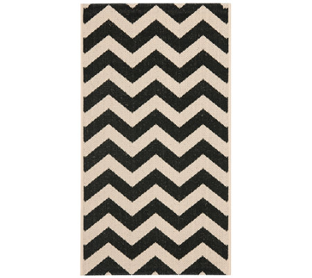"Safavieh 4' x 5'7"" Horizontal Zigzag Indoor/Outdoor Rug"