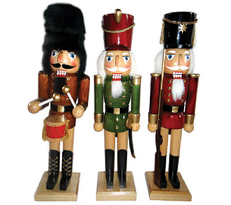 Set of 3 Nutcrackers by Santa's Workshop
