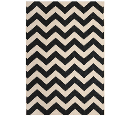 "Safavieh 5'3"" x 7'7"" Horizontal Zigzag Indoor/Outdoor Rug"