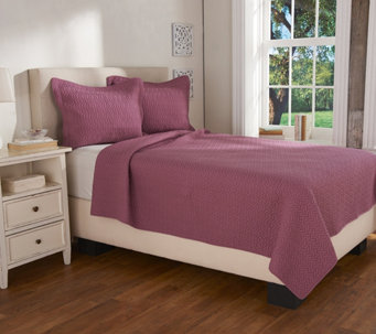LOGO by Lori Goldstein Cable Stitched King Coverlet & Shams - H208888