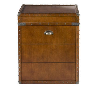 Home Reflections Steamer Trunk End Table - H179790