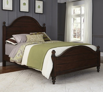 Home Styles Country Comfort Queen Bed Set - H289690