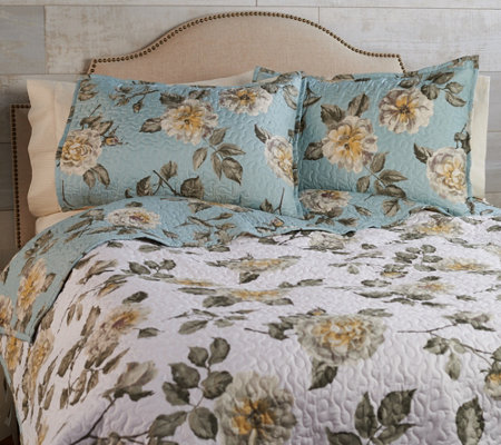 3-Piece Full Floral Quilt Set by Valerie
