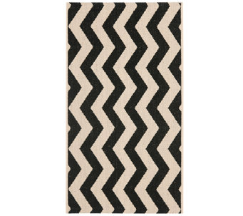 "Safavieh 4' x 5'7"" Vertical Zigzag Indoor/Outdoor Rug - H283091"