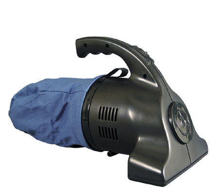 RoadPro Portable High-Powered Vac w/Beater  Bar-12 Volt