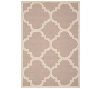 Cambridge 4' x 6' Rug by Valerie - H284896