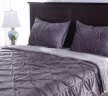 Berkshire Blanket Twin Velvet Pintuck Coverlet with Sham