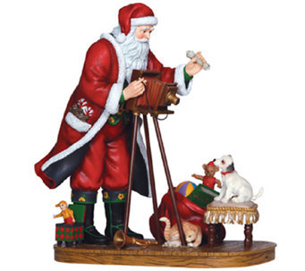 Limited Edition Making Memories Santa Figurineby Pipka - H286797