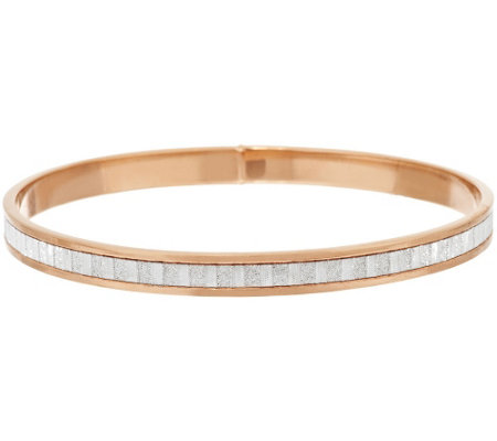Vicenza Silver Sterling Avg. Baguette Style Pave' Glitter Round Bangle