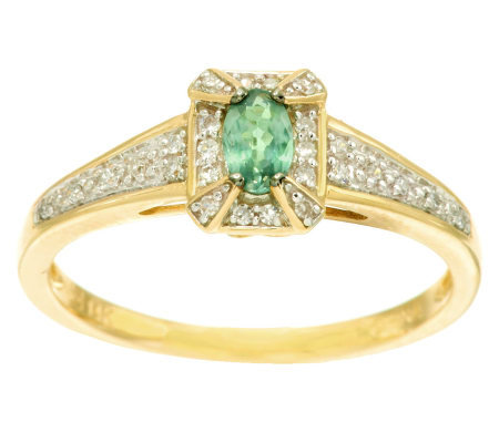 0.20 ct Alexandrite & 1/10 ct tw Diamond Ring 14K Gold